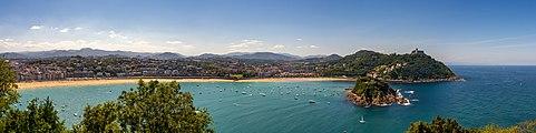 San Sebastian panoramic 1190606.jpg