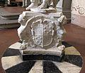 San bartolomeo a monte oliveto, int., acquasantiera con Tuccia di g.b. foggini 04 stemma medici-cybo.JPG