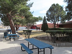 Sandia High School - Image: Sandia High School courtyard, Albuquerque NM