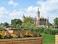 Schwerin Bundesgartenschau Hochbeete Schloss 2009-05-24 119.jpg