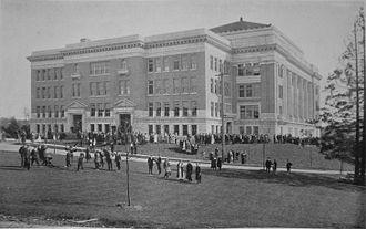 Seattle Public Schools - Franklin High School, 1915