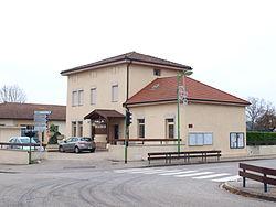Servas-FR-01-mairie-07.jpg