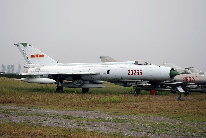 File:Shenyang J-8 (2897990879).jpg