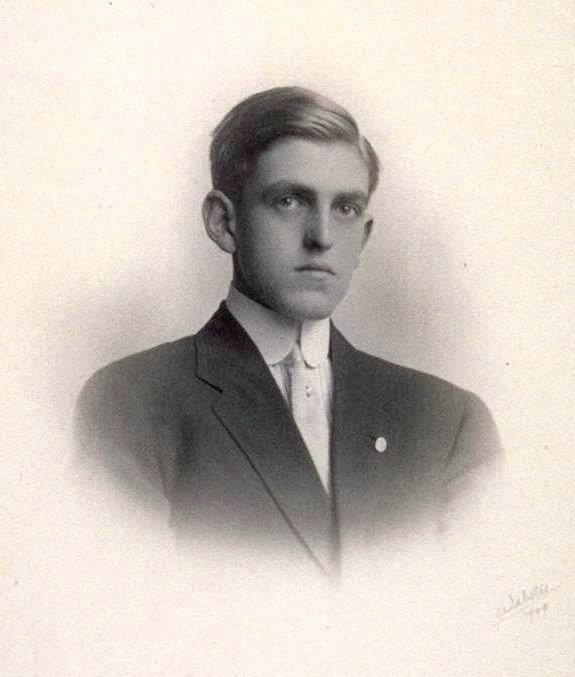 Sidney Coe Howard 1909