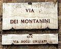 Siena, lapide via dei montanini.JPG
