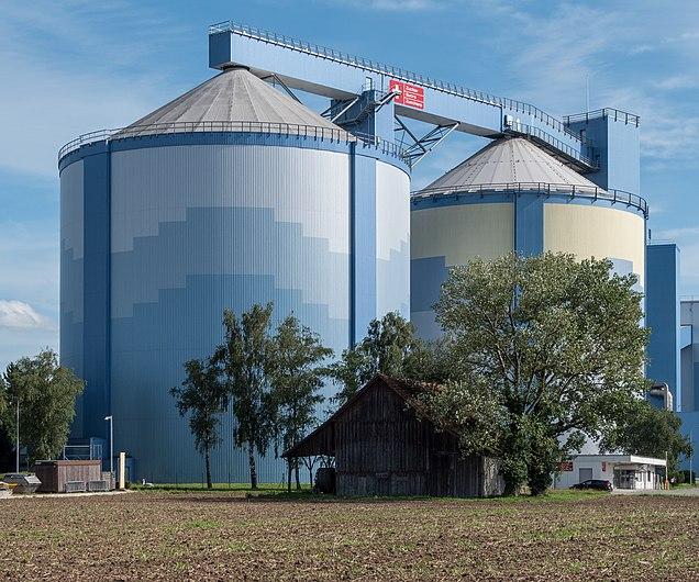 Silos der Zuckerfabrik Frauenfeld TG.jpg