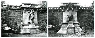 Simon of Utrecht - Beheaded statue of van Utrecht in 1985.