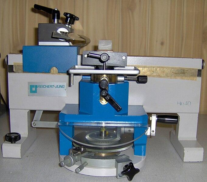 File:Sledemicrotoom Reichert-Jung Hn40.jpg