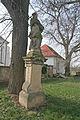 Sloup se sochou svatého Jana Nepomuckého, u hřbitova ve Velešicích.JPG