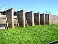 Sluice gates - panoramio.jpg