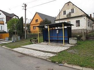 Sosnová (Opava District) - Image: Sosnová (okres Opava), autobusová zastávka