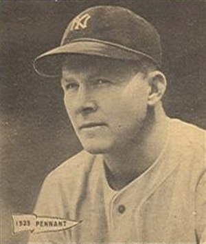 Spud Chandler - Image: Spud Chandler 1940 Play Ball card