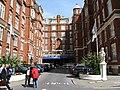 St. Ermin's Hotel - geograph.org.uk - 841353.jpg