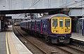 St Albans City railway station MMB 03 319006 319370.jpg