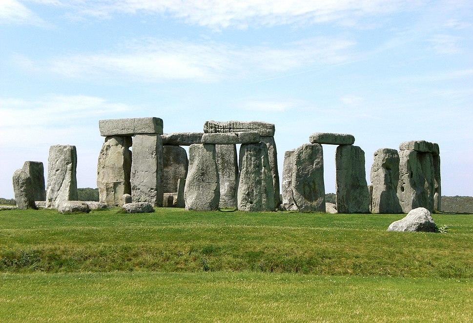 Stonehenge, Salisbury retouched