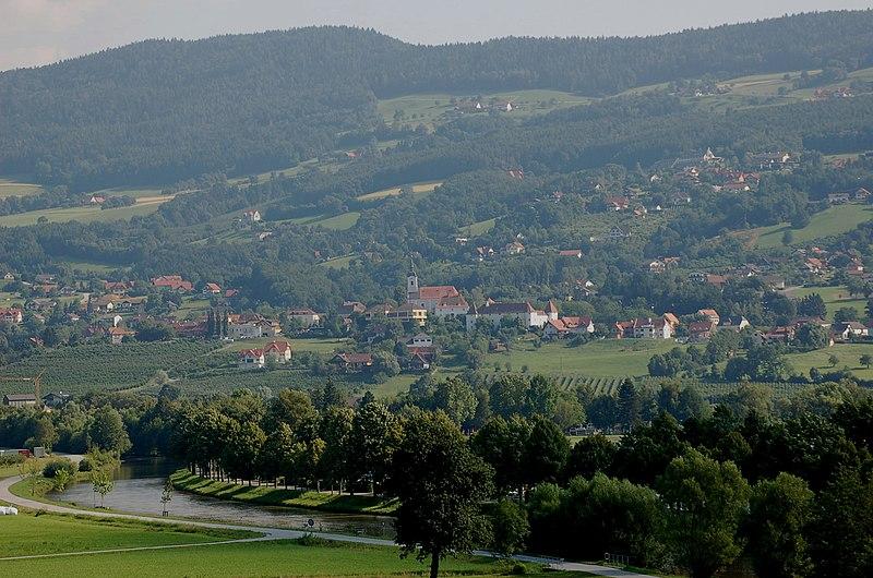 File:Stubenberg am See.JPG