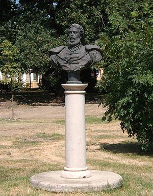 Szarvas - Bust of Lajos Kossuth