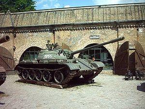 Т-54 — советский средний танк 300px-T-55_RB