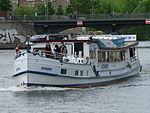 Tagesausflugsschiff Alexander in Berlin auf der Spree.JPG