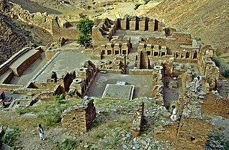 Takht-i-Bahi - Image: Takht i Bahi Gesamt