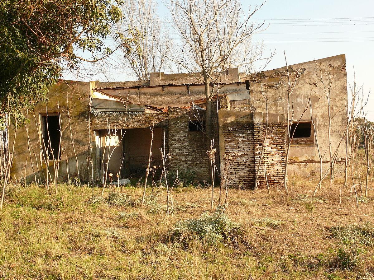 Tapera casa abandonada wikipedia la enciclopedia libre - Que ver en la casa de campo ...