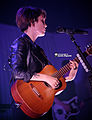 Tegan & Sara 11-19-2014 -12 (15229662553).jpg