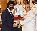 The President, Shri Pranab Mukherjee presenting the Padma Shri Award to Shri Ajaypal Singh Banga, at a Civil Investiture Ceremony, at Rashtrapati Bhavan, in New Delhi on March 28, 2016.jpg