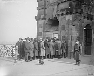 Allied occupation of the Rhineland - A Belgian soldier guarding the Ober-Kassel-Düsseldorf bridge in February 1919