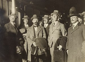 George Gavan Duffy - Duffy together with other members of the negotiation team (including Childers, Griffith, and Barton) in December 1921