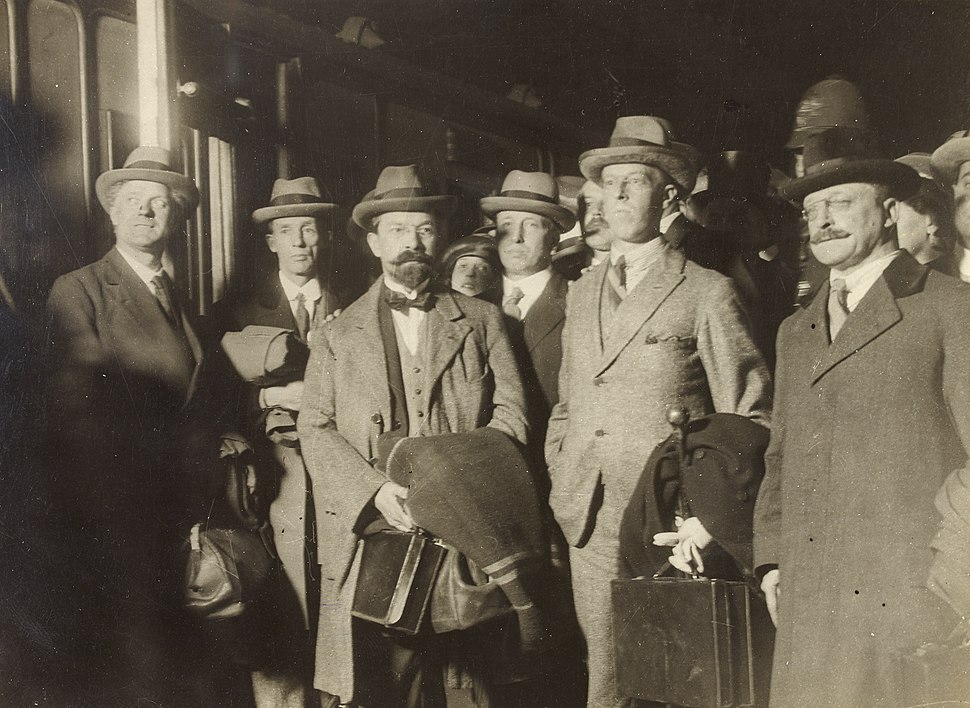 The peacemakers- George Gavan Duffy, Erskine Childers, Robert Barton and Arthur Griffith in a group (28455606301)