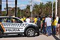 Torcedores chegando ao Mané Garrincha (28664722392).jpg