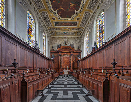 The chapel Trinity College Chapel, Oxford - Diliff.jpg