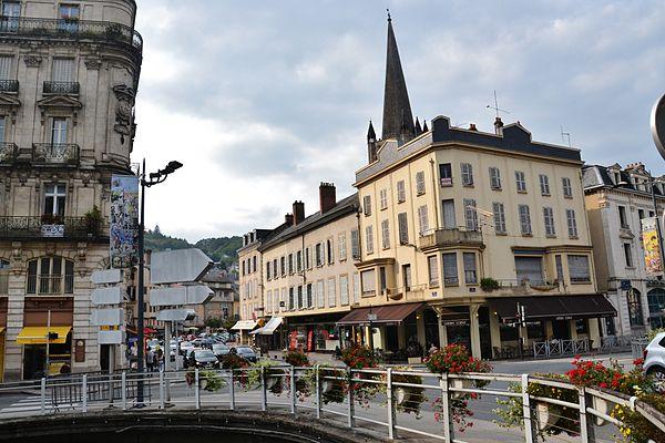 Vue du centre-ville depuis le pont de l'Escurol.