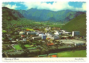 Manoa - Image: UH Vintage Aerial Post Card