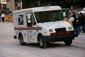 Postal Service truck running on E85 fuel and advertising its use