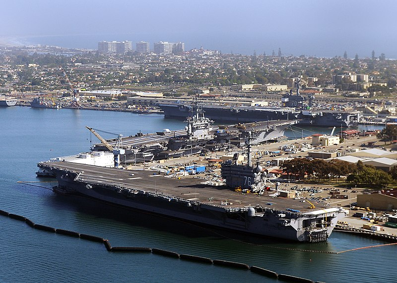 File:US Navy 100506-N-8421M-124 The aircraft carriers USS Ronald Reagan (CVN 76), USS Nimitz (CVN 68) and USS Carl Vinson (CVN 70) are pierside at Naval Air Station North Island.jpg