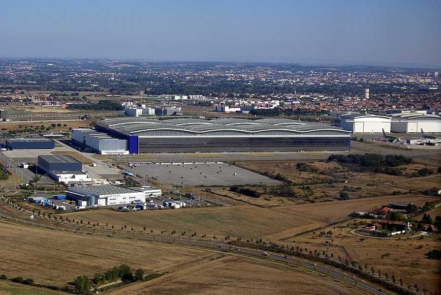 Hall d'assemblage final de l'A380, l'usine Lagardère.