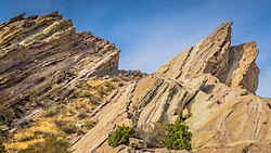 Vasquez Rocks (15852839436).jpg