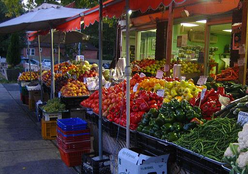 Vegetable market on Jane Street