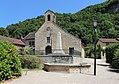 Verna - Monument aux morts & église.JPG