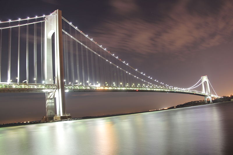 Verrazano-Narrows Bridge @ Night from Brooklyn.JPG