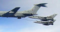 Vickers VC-10 in aerial refuelling exercise 06.jpg