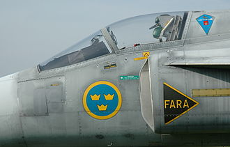 Saab 37 Viggen - Closeup view of the cockpit and air intake of a JA 37 Viggen