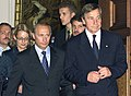 Vladimir Putin in Germany 25-27 September 2001-23.jpg