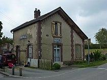 Voie verte Évreux-Vallée du Bec 05, ancienne gare de Gauville.JPG
