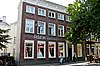 foto van Deftig woonhuis, ontstaan uit samentrekking van de huizen 'De vygencorff' en 'De royen borgh'