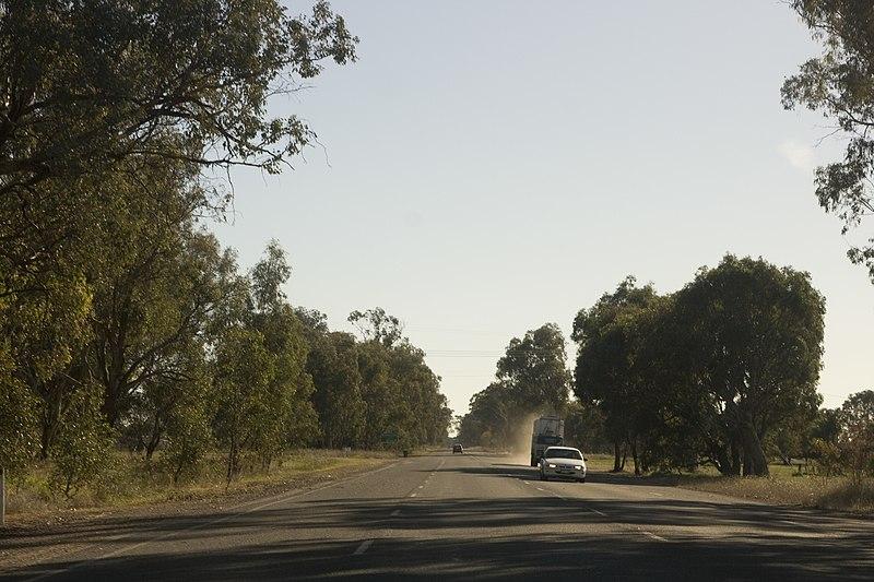 File:Wangaratta South VIC 3678, Australia - panoramio (4).jpg