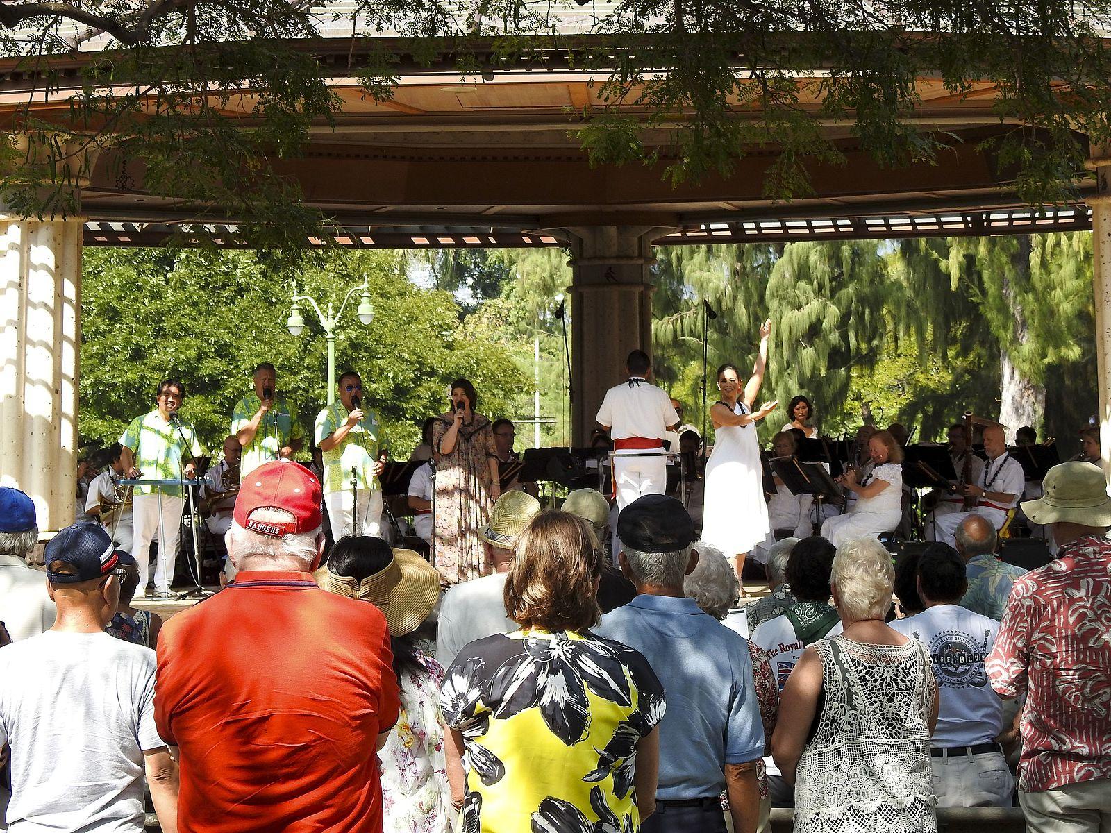 ロイヤルハワイアンバンド・コンサート @ カピオラニ公園