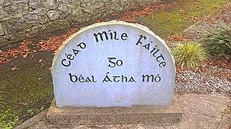 Ballymoe - Welcome to Ballymoe sign in Irish