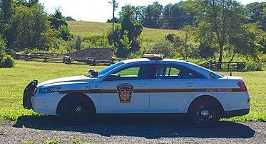 White PA State Police Taurus.jpg